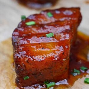 Pork Belly Burnt Ends Nahaufnahme